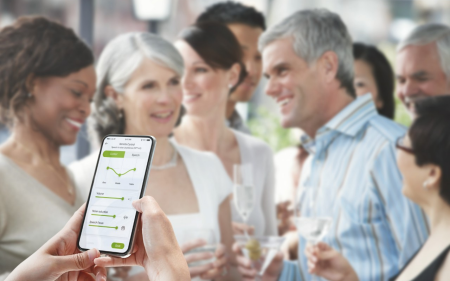 Phonak Paradise hearing aid. Smart apps